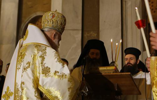 Глава греческой церкви вылечился от коронавируса