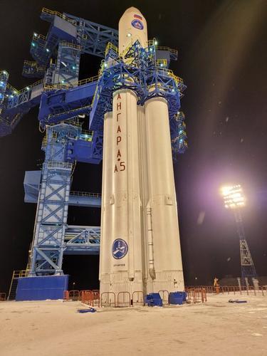 Рогозин о запуске «Ангары»: «Она летает, чёрт возьми!!!»