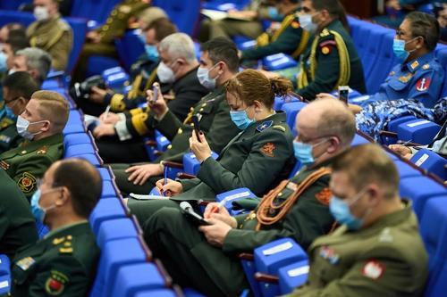 В Генштабе ВС РФ отмечают усиление провокаций НАТО у границ РФ