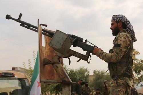 Сайт Avia.pro: сирийские курды начали угрожать захватом базы ВКС России в Камышлы