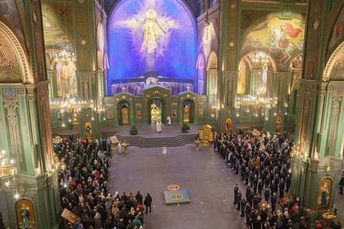 В Главном храме Вооруженных Сил впервые прошло Рождественское богослужение