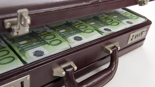 У пассажира рейса Рига – Москва изъяли 100 000 евро