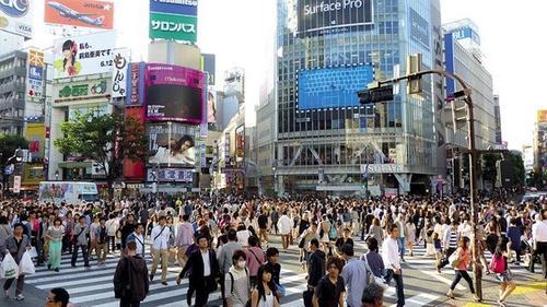Япония обновила «антирекорд» по суточному приросту случаев заражения COVID-19