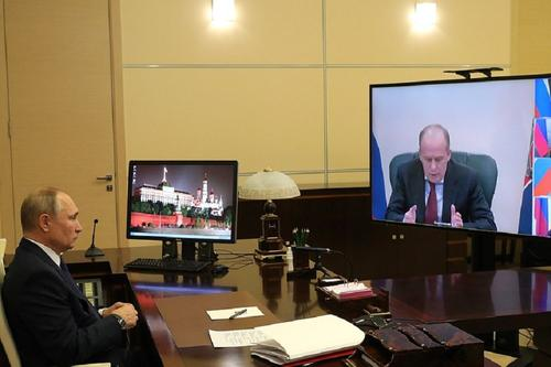 Путин провел совещание по вопросам урегулирования ситуации в Карабахе