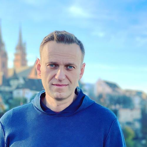 «Я вернусь домой 17 января», Навальный написал, что возвращается в Россию
