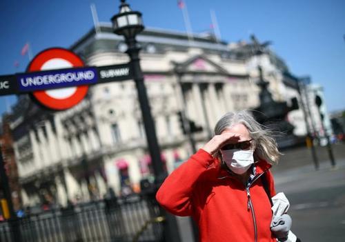Британия: «ковидная битва»