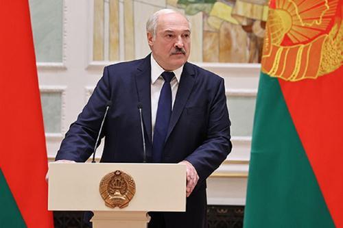 Лукашенко заявил, что Белоруссия не заслужила введенных против неё санкций
