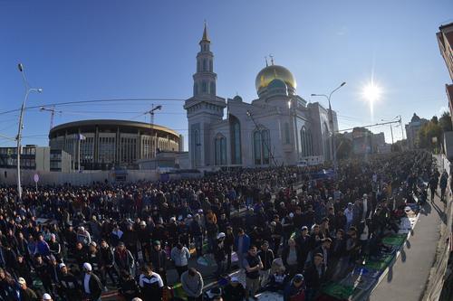 Глава ДУМ Равиль Гайнутдин считает, что из-за недостатка мечетей создается напряжение в среде мусульман РФ