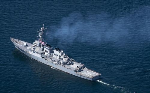 Avia.pro: выдвинувшийся в направлении Чёрного моря эсминец США «Дональд Кук» может пойти на антироссийскую провокацию