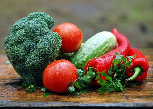 Врач Тим Лебенс назвал продукты питания для долголетия