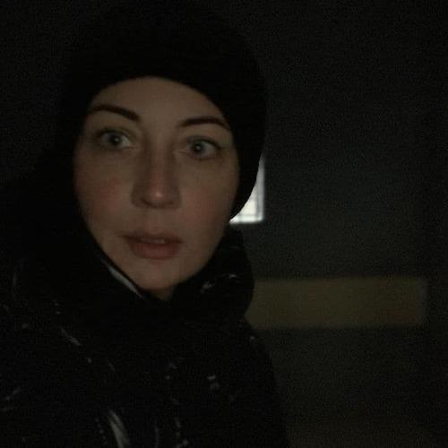 В Москве задержана Юлия Навальная. Она извинилась за плохое освещение и написала, что находится в автозаке