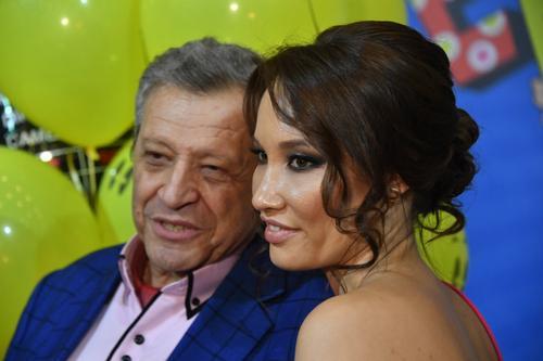 Вдова Грачевского обратилась к умершему мужу