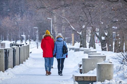 Синоптик Вильфанд предупредил , что снег в европейской части России сохранится надолго