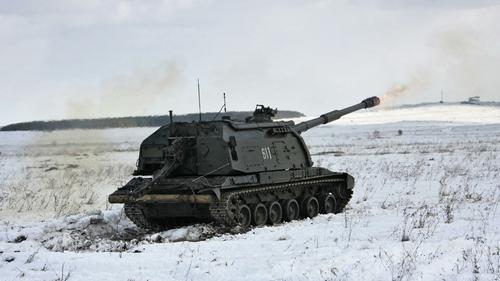 Россия испытает новый дальнобойный управляемый снаряд для гаубиц