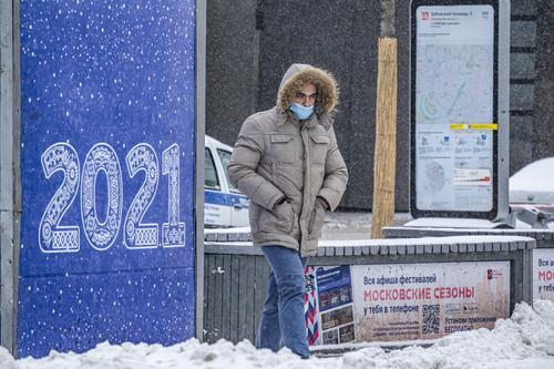 Инфекционист  Малышев  назвал сроки снятия ограничений по коронавирусу в России