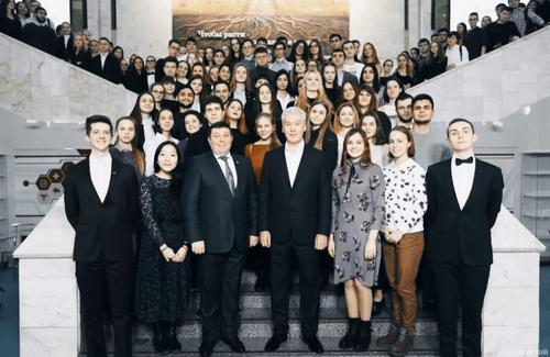 Собянин отметил важную роль участия студентов и ординаторов в борьбе с COVID-19