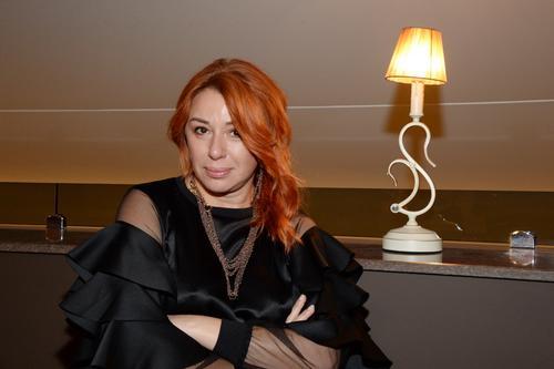 Певицу Алену Апину внесли в «черный список» на Украине