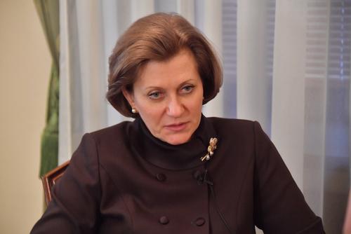 Попова заявила, что стабилизация ситуации с COVID-19 в России продолжается