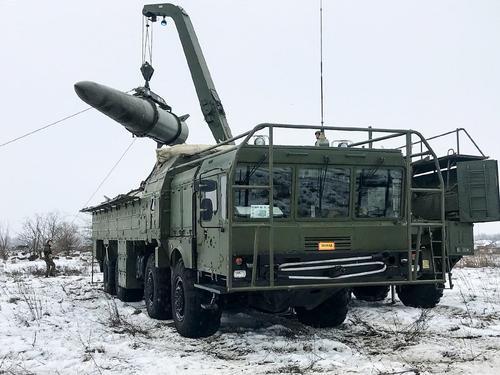 Американский аналитик Эрик Зюсс: США готовят для России ядерный план «Барбаросса»