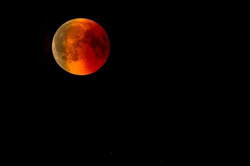 В «Роскосмосе» заявили, что cроки запуска российского космического аппарата на Луну в 2021 году не изменятся