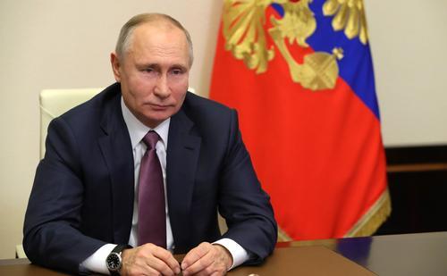 В Кремле сообщили, о чём Путин поговорил с Байденом