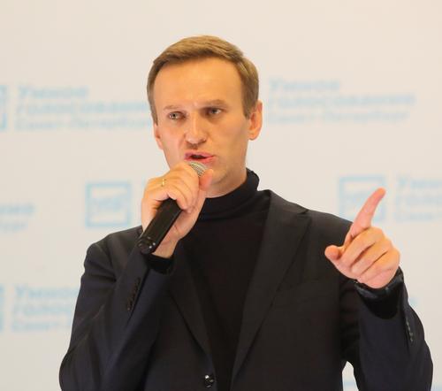 ФСИН направила в суд ходатайство о замене условного наказания для Навального на реальное