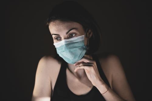 Инфекционист Вознесенский перечислил симптомы, которые часто принимают за коронавирус