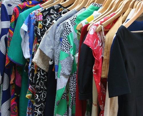 Онколог Базылев заявил, что синтетическая одежда может повышать риск развития рака