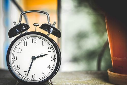 Врач-психотерапевт Файнзильберг назвал способ борьбы с постоянными опозданиями