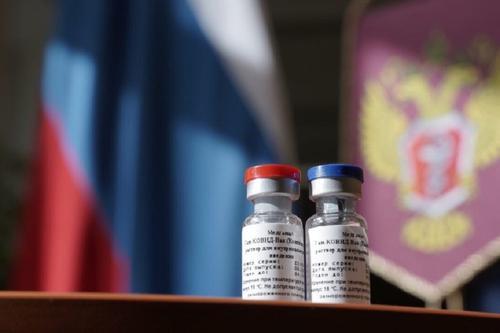 Каталонские власти призывают ЕС разрешить применять российскую вакцину «Спутник V»