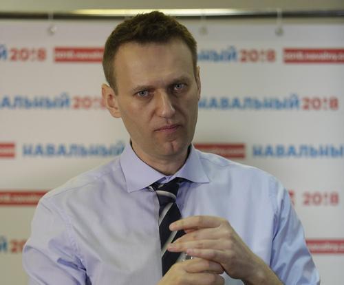 Навального привезли в Бабушкинский суд на заседание по делу о клевете, его адвокат заявила отвод судье