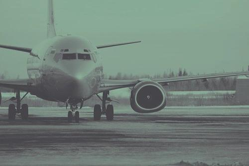 Летевший из Москвы в Симферополь самолет из-за снегопада сел в Краснодаре