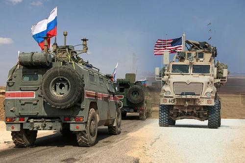 Авиапро: Российская бронетехника замечена в зоне влияния США в восточной части Сирии