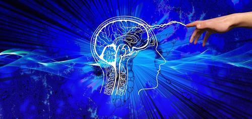 Доктор Виктор Шахнович охарактеризовал признаки деменции и посоветовал, как избежать слабоумия
