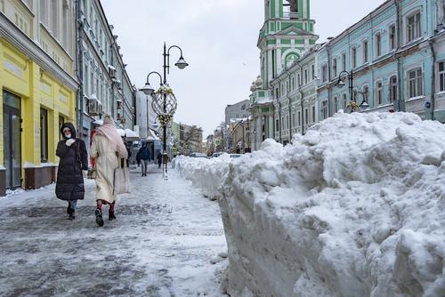 Москвичей в пятницу ожидает высокое атмосферное давление