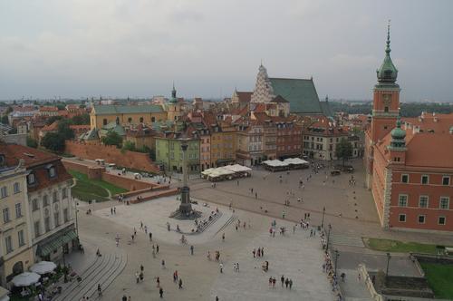 Глава Минздрава Польши назвал условие въезда в страну