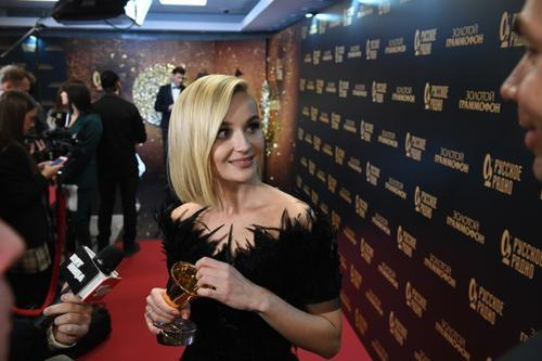 Полина Гагарина показала своего главного защитника