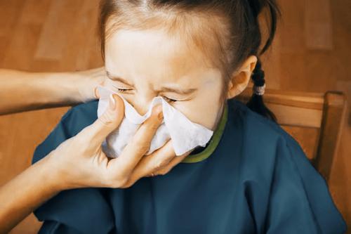 Доктор Комаровский: Счастливое детство – по определению сопливое