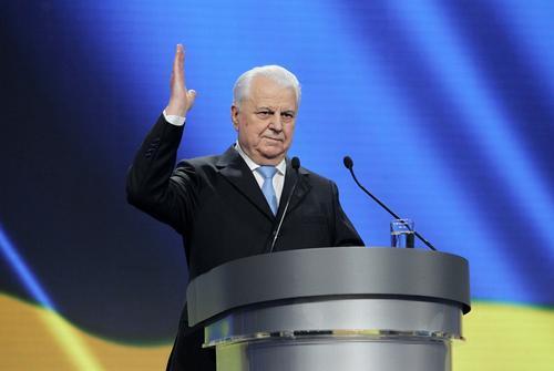 Леонид Кравчук назвал лучшим решением по Донбассу «выкинуть Россию силой»