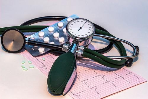 Врач-кардиолог Наталья Гаврилюк назвала необычные симптомы инфаркта