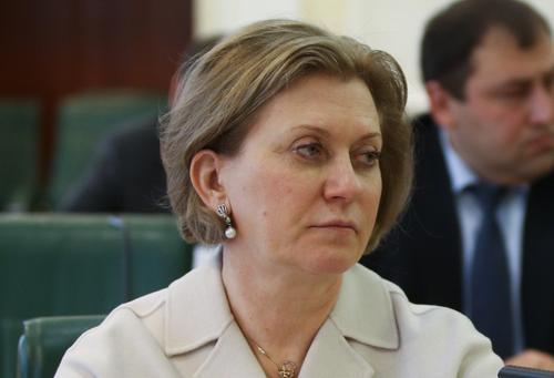 Попова сравнила ситуацию с COVID-19 в России и в мире
