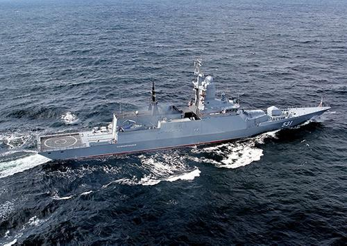 Корвет БФ выполнил артиллерийские стрельбы в акватории Балтийского моря