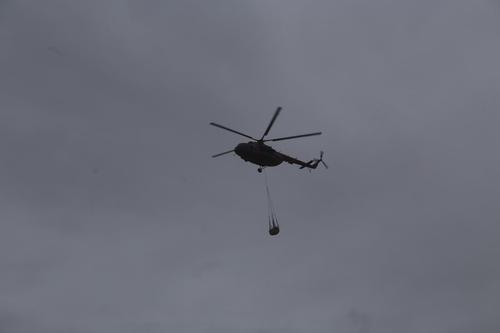 Вертолет ВКС России Ми-35 совершил вынужденную посадку в Сирии