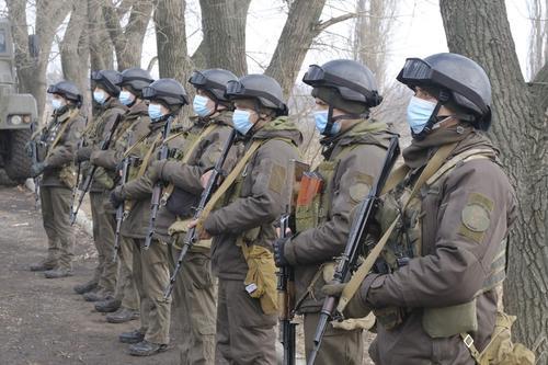ТГ-канал «Легитимный»: в коридорах власти Украины говорят, что Донбасс в шаге от горячей войны