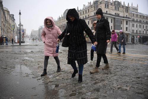 «Желтый» уровень погодной опасности объявлен в Москве и Подмосковье