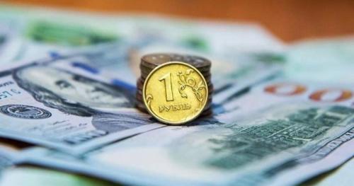 Минфин ежедневно тратит на покупку валюты 6,7 миллиардов