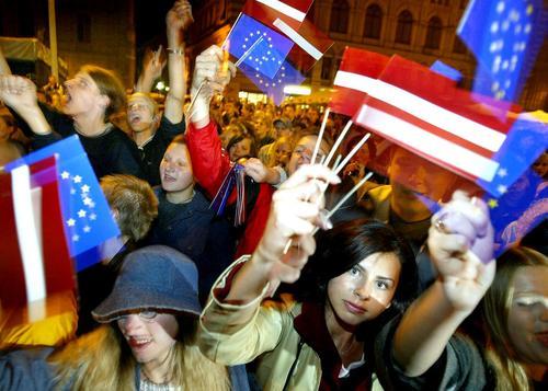 Латвия не будет менять политику в отношении нацменьшинств