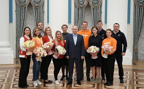 Песков: У Путина не было личных встреч с заболевшим ковидом Орешкиным