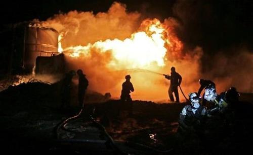 Российские корабли обстреляли ракетами НПЗ протурецких формирований на севере Сирии