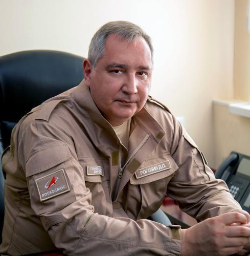 Рогозин поблагодарил США за «пинок» для снижения издержек в ракетно-космической отрасли